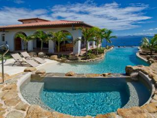 Villa Rosa - Ideal for Couples and Families, Beautiful Pool and Beach