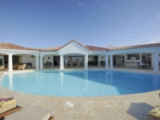 Breathtaking 5 BR Villa Jasmin by Plum Bay!, St. Maarten/St. Martin