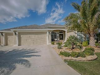 Cul-De-Sac location large Designer Home with Complimentary Golf Cart, The Villages