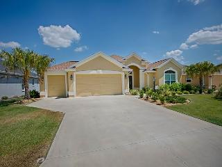 Fantastic Designer Home in Village of Lake Deaton w/complimentary golf cart, The Villages