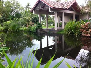 Lake house w Tropical garden, Alappuzha