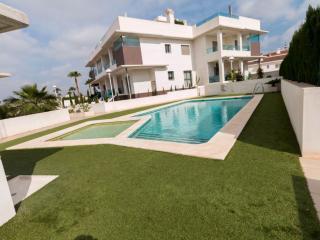 "Villa moderna ""Nova Sol"""