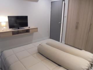 For rent 3 Bed Max 6 person BTS Ekkamai 112 sq.m