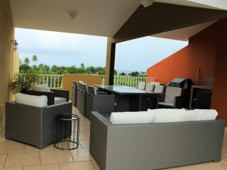 Luxury Landing View 203 -Steps from Sandy Beach, Rincón