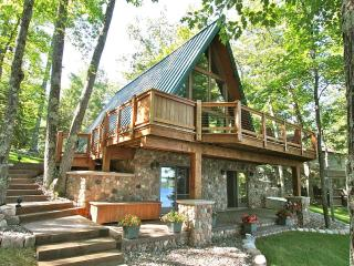 Beautiful a Frame Chalet on Lake Minocqua Chain, Woodruff