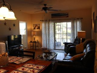 Adorable 1st Floor, End Unit Villa, North Myrtle Beach