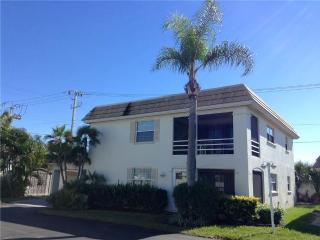 Fabulous 2BR 2B villa on the ground floor - Villa 40A, Siesta Key