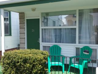Affordable Efficiency close to beach free WiFi M-1, Wildwood
