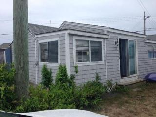3 Bdrm. Cottage in cottage colony on Private Beach, Dennis