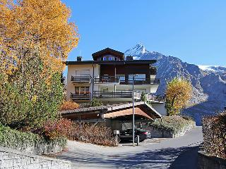 2 bedroom Apartment in Grindelwald, Bernese Oberland, Switzerland : ref 2235183
