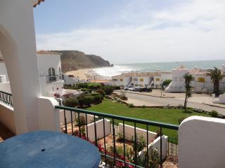 Apt 4M , Praia da Luz, Algarve  - 28th July - 3rd August available for £499