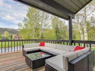 Dog-friendly home with a relaxing outdoor deck and mountain views!, Avon