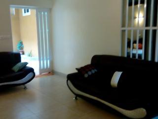 Chambre privée dans Villa agréable et calme, Cotonou