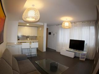 LUXURY APARTMENT IN LAS CANTERAS BEACH