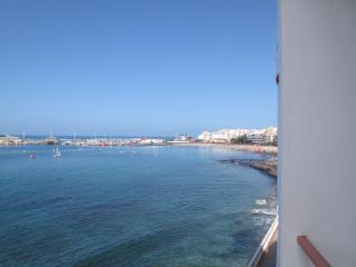 Sea at your door step- Los Cristianos Apt1 bedroom