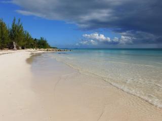 Hideaway Bahamas Beach Villa., Freeport