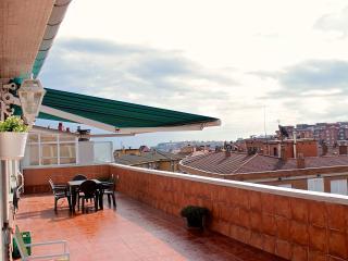 Luminoso Atico 3 habitaciones con gran terraza, Gijón