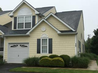 Family Friendly Beach Home with community pool., Rehoboth Beach