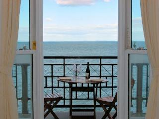 CLOSE Apartment in Ilfracombe, Woolacombe
