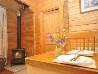 43931 Log Cabin in Berkeley, Hillesley