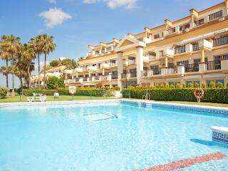 Beachfront property in Elviria, Romana Playa