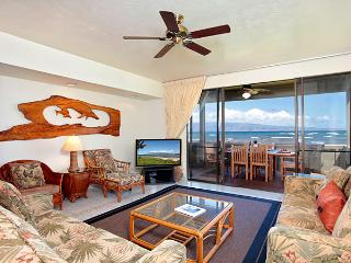 Unit 36 Ocean Front Prime Luxury 3 Bedroom Condo, Lahaina