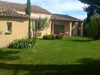 La Petite Ferratière,3 chambres,piscine privée, Saint Saturnin les Avignon
