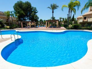 Luxury Townhouse Puerto Banus FREE WIFI Marbella