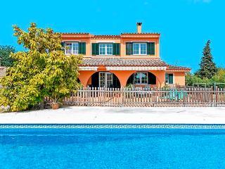 28. Moderno chalet con piscina en Marratxí