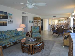 Distinctive decor compliments this two bedroom villa with a view, B2113A