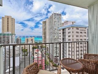 JUST RENOVATED!  Ocean View, central AC, 5 min. walk to beach!  Sleeps 4., Honolulu