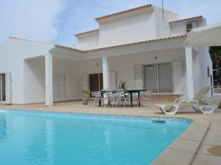 Holiday Villa & Private pool, Beach, Olhos de Agua