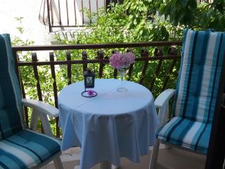 Three Bedroom Apartment Tamara with Balcony, Lokva Rogoznica