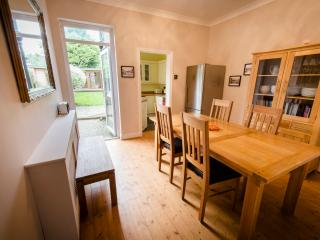 Railway Cottage,  2 Bed House with garden, London, Barnet