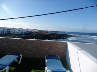 Caleta de caballo, bungalow primera fila del mar