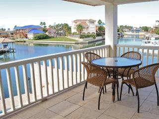Casa Bahia  Private home on water, pool & boat slip, South Padre Island