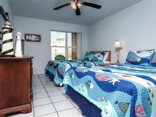 Gulfview II 202  Affordable, next to Schlitterbahn, Isla del Padre Sur