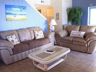 Bayfront townhome condo, pool and boatslip!, South Padre Island