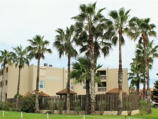 Affordable very close to beach, Surfside 312!, South Padre Island