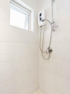 Electirc showers are fitted in each ensuite bathroom