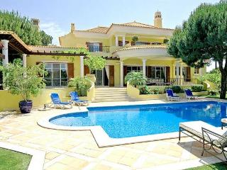 6 bedroom Villa in Quinta do Lago, Faro, Portugal : ref 5239025