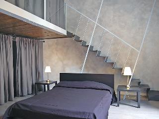 5 bedroom Apartment in Rome Historical City Center, Lazio, Italy : ref 2008996, Colonna