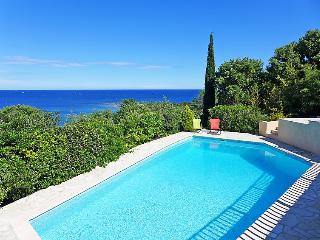 4 bedroom Villa in Sainte-Maxime, Provence-Alpes-Cote d'Azur, France : ref 50518