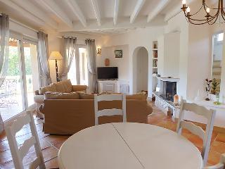 Villa in Sainte Maxime, Cote d'Azur, France, Sainte-Maxime