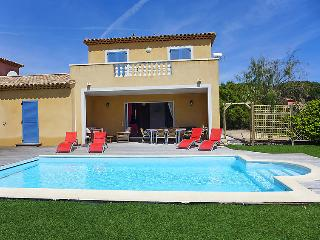 3 bedroom Villa in Sainte Maxime, Cote d'Azur, France : ref 2012755, Sainte-Maxime