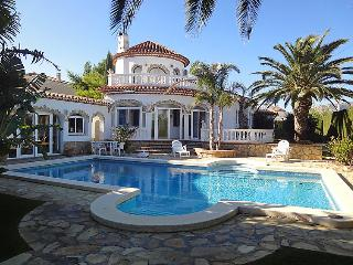 5 bedroom Villa in Miami Platja, Costa Daurada, Spain : ref 2016371