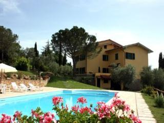 7 bedroom Villa in Cortona, Tuscany, Italy : ref 2020445
