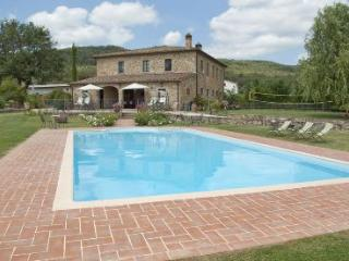 8 bedroom Villa in Cortona, Tuscany, Italy : ref 2020458