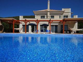 5 bedroom Villa in Loule, Algarve, Portugal : ref 2022225, Santa Barbara de Nexe