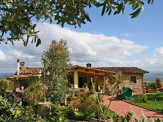 4 bedroom Villa in Vinci, Tuscany, Italy : ref 5055243